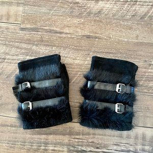 Genuine Leather & Fur Black Fingerless Gloves